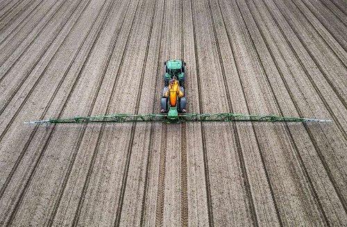 Pestizidstreit in Baden-Württemberg: Land muss Daten über Pestizide offen legen