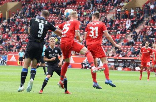 Ex-Profi des VfB Stuttgart: Unions Timo Baumgartl erleidet schwere Gehirnerschütterung