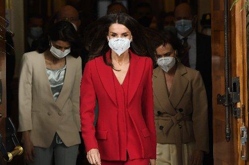 3 Trends, die Königin Letizias Anzug-Look stylisch machen - STYLEBOOK