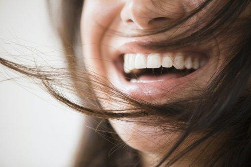 Tipps, mit denen gelbe Zähne wieder weißer werden