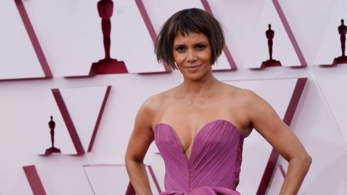 The Internet Is Divided Over Halle Berry's Ulta-Short New Hair