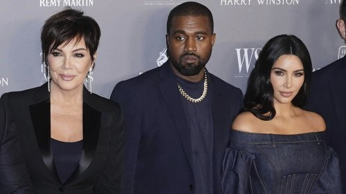 Kris Jenner Just Shaded Kanye West With This Easter Post Amid Kim Kardashian's Divorce