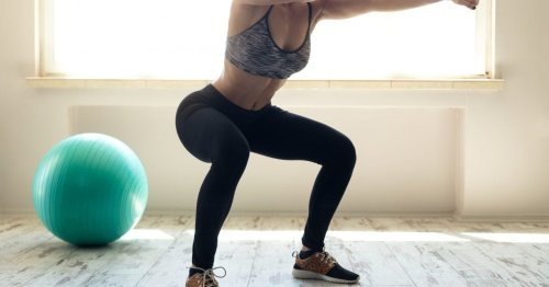 """""""I decided to brave the beginners' 100 squats challenge, and here's what happened"""""""