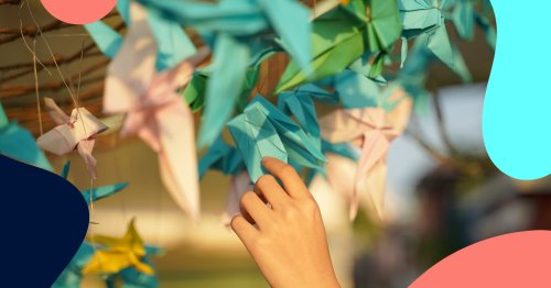 This Japanese paper crane tutorial is the perfect hobby to help you relax