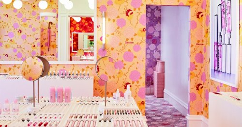PSA: Glossier announces it is opening a permanent store in London