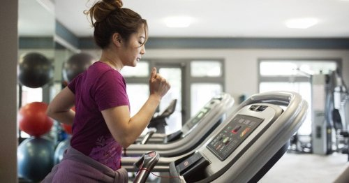 How effective is running on a treadmill versus road running?