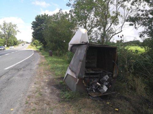Entre Rochefort et Saintes, le radar mobile de nouveau incendié