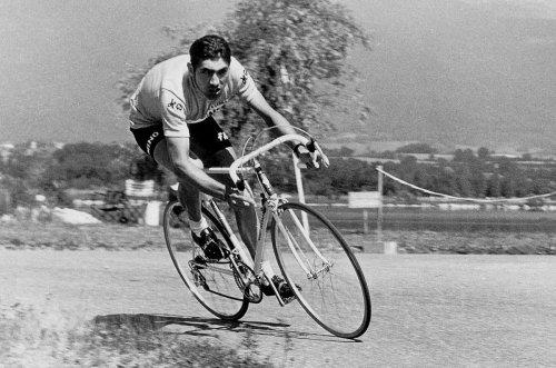 Cet été-là en Charente : 1971, Eddy Merckx, Alain Barrière et le choléra
