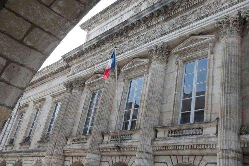 Tribunal de La Rochelle : où finissent les cadeaux et où commence l'abus de faiblesse ?
