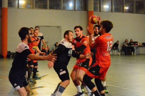 Handball en Dordogne : début de saison en demi-teinte