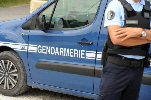 Une femme tuée dans une violente agression dans la Sarthe, son mari et un ami blessés