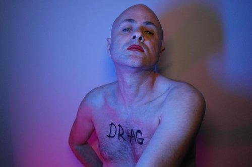 « Drag » ou l'art d'être soi-même au théâtre du Pont Tournant à Bordeaux