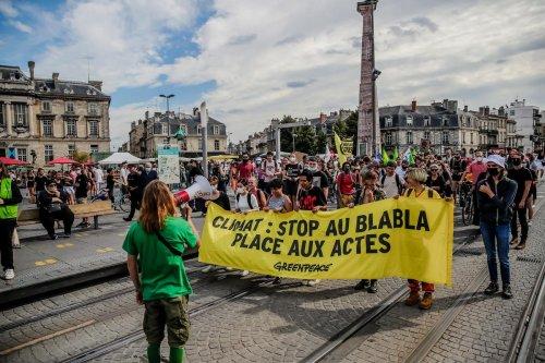 La marche pour le climat reprend timidement à Bordeaux