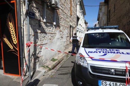 Un homme égorgé en pleine rue à Agen : « Je lui ai porté les premiers secours. J'espère qu'il va survivre »