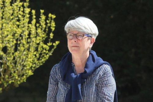 Cénac (33) : Anne Harris, victime des maisons « mère-enfant » en Irlande, raconte