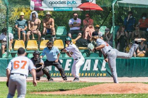 Baseball/D1 : les Rochelais remportent leurs deux premiers matchs après un suspense haletant