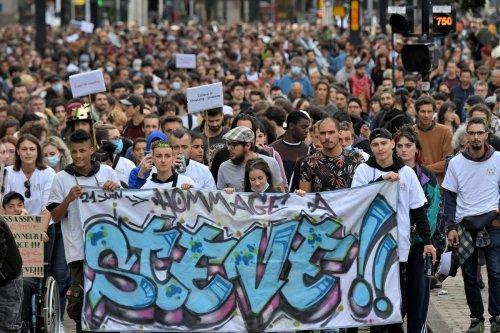 Nantes : près d'un millier de personnes marchent pour Steve, deux ans après sa mort