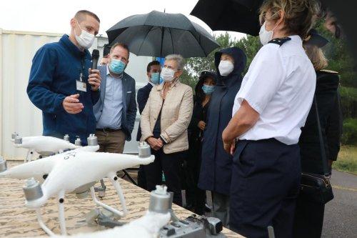 Vidéo. Biscarrosse (40) : un drone neutralisé par laser en présence de la ministre des Armées