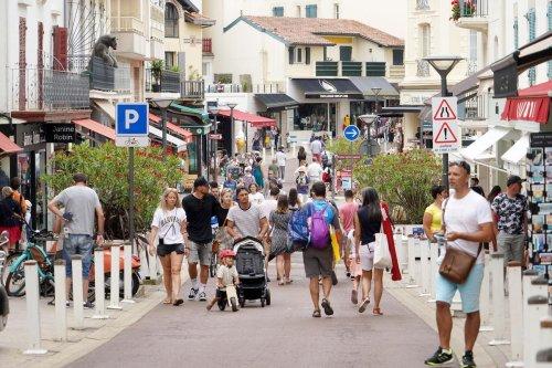 Malgré la météo maussade, un mois de juillet radieux pour les hôteliers basques et béarnais