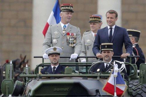 Tribune de militaires : le procureur de Paris ne voit pas matière à poursuites pénales