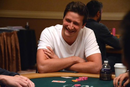 Bordeaux : il remporte 90 000 euros dans un tournoi de poker en ligne