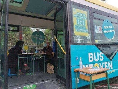 La vaccination accélère avec le bus citoyen