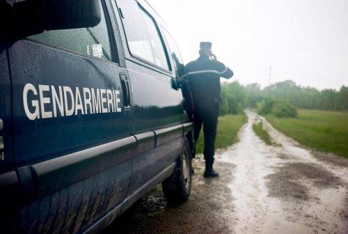 Une femme retrouvée morte dans sa voiture dans le Doubs, son compagnon tué par les gendarmes