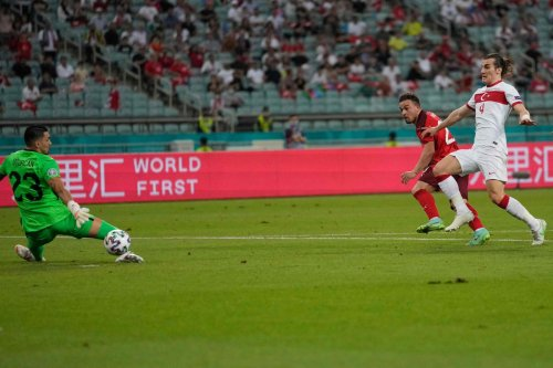Euro : la Suisse domine la Turquie (3-1) et peut encore rêver des 8e