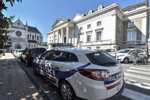 Pau : expulsé de la soirée, il s'en prend aux policiers