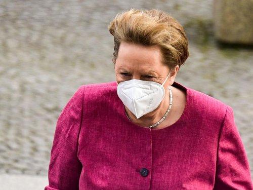 Covid-19 : Angela Merkel a reçu une première dose de vaccin AstraZeneca