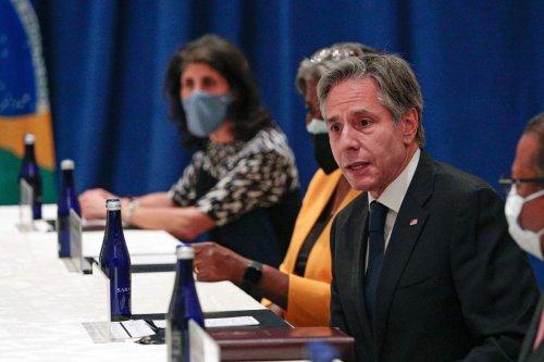 Premier contact entre Le Drian et Blinken depuis la crise franco-américaine
