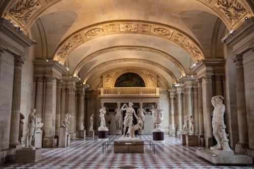 Livre : pour remonter aux origines du musée du Louvre