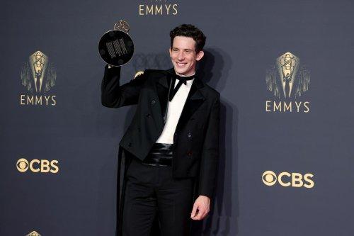 Emmy Awards : les séries « The Crown » et « Le jeu de la dame » récompensées, consécration pour Netflix