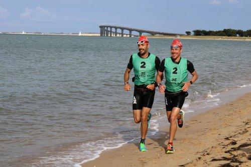 Fabien Besançon et Pierre Massonneau remportent le Ré Swimrun