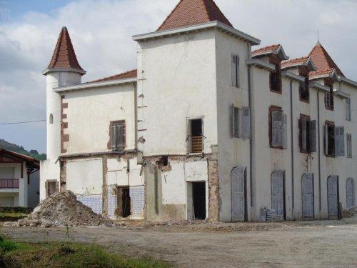 Ascarat : un chantier de rénovation du château pour accueillir la future mairie et des logements