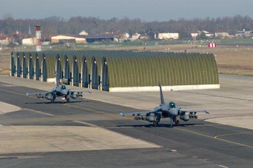 Bassin d'Arcachon : des avions Rafale s'entraînent, nuisances sonores en vue
