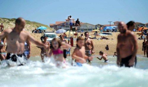 Gironde : un baigneur sorti de l'eau manu militari par les nageurs-sauveteurs CRS