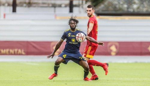 Ligue 2/ « Je m'appelle toujours Kouassi, rien n'a changé » assure le défenseur central du Pau FC
