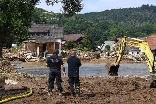 Inondations : le bilan s'alourdit à 156 morts en Allemagne, 183 en Europe