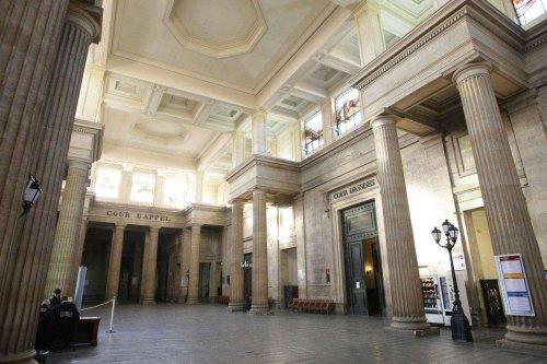 Gironde : hospitalisé, Zeus, le « gourou » de Gujan-Mestras demande le renvoi de son procès prévu lundi