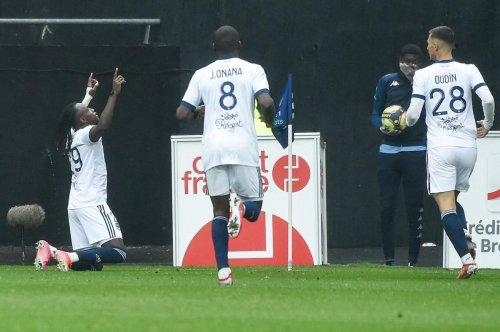 Les notes de Lorient - Girondins (1-1) : Alberth Elis en un éclair