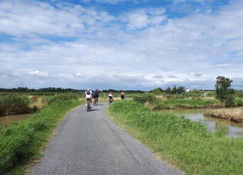 Pistes cyclables en Charente-Maritime : l'enrobé le revêtement du futur ?
