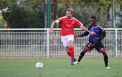 L'ES La Rochelle et Echiré sont à la lutte pour décrocher leur premier succès de la saison