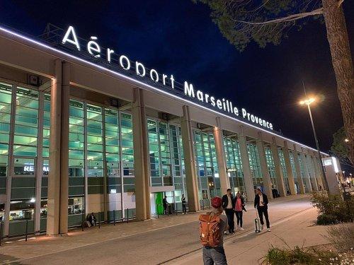 A l'aéroport de Marseille, un vol à destination de La Réunion retardé de... 25 heures !
