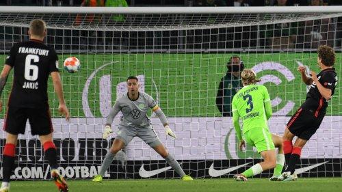 Bundesliga:Wolfsburg verpasst Sieg, Bayern bleibt an der Spitze