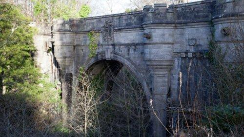 Dem Geheimnis auf der Spur:Die Geisterbrücke