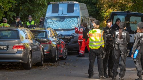 Getötetes Mädchen in Bogenhausen:Polizei: 14-Jährige offenbar im Schlaf erstochen