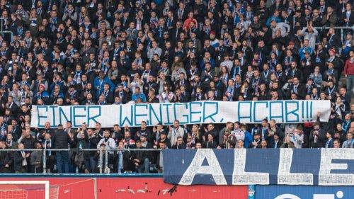 2. Bundesliga:DFB ermittelt gegen Rostock wegen pietätlosem Banner