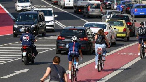 Städte stellen sich auf Fahrrad-Boom ein