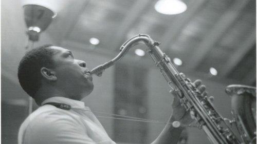 Jazzkolumne:Weg in die Freiheit